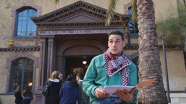 Испания борется за посещаемость школ