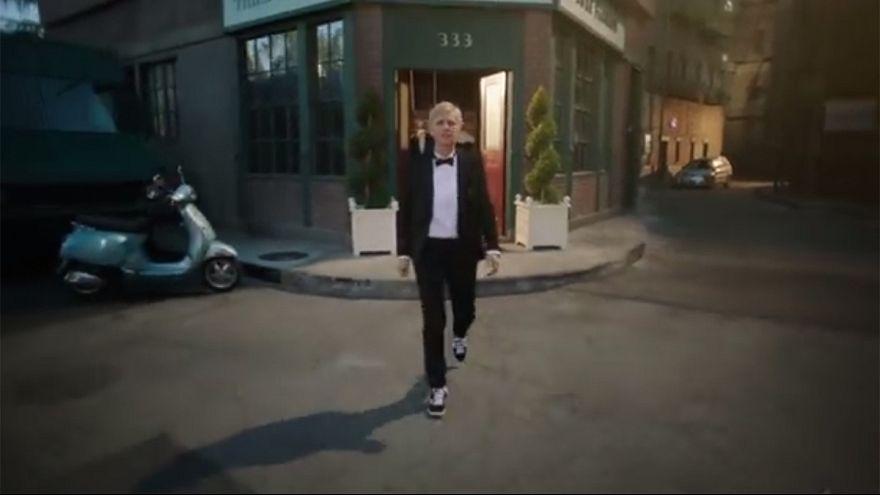 Ellen DeGeneres dances in new Oscars trailer