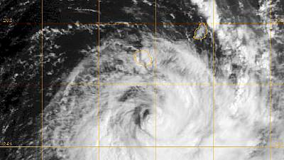 Tropical cyclone Bejisa leaves trail of chaos on Reunion island