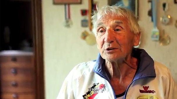Halálba segítették a 95 éves atlétát