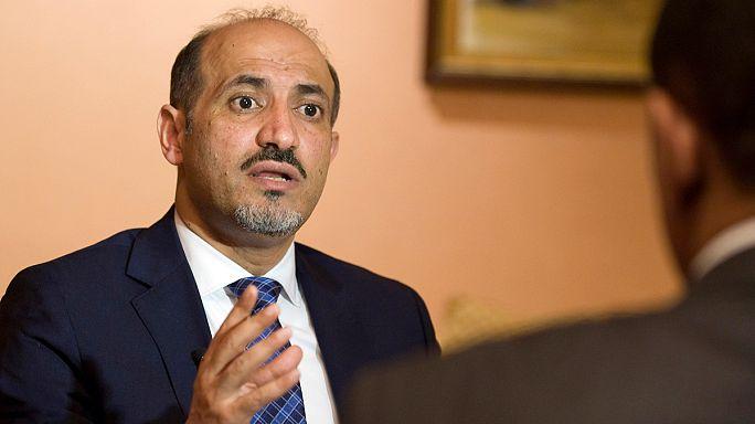 الائتلاف الوطني السوري المعارض يرجىء قراره بخصوص المشاركة في جنيف-2 حتى 17 الجاري