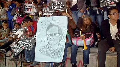 Sacked mayor battles back in Bogota