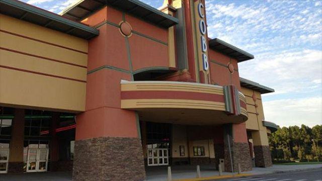Cinema-goer dies after being shot in Florida texting row