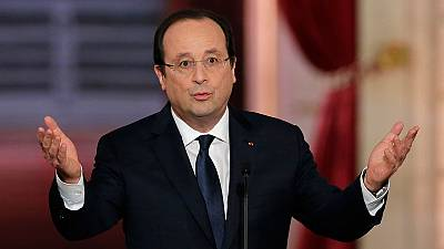 """Hollande responde a questão sobre as """"facadinhas"""""""
