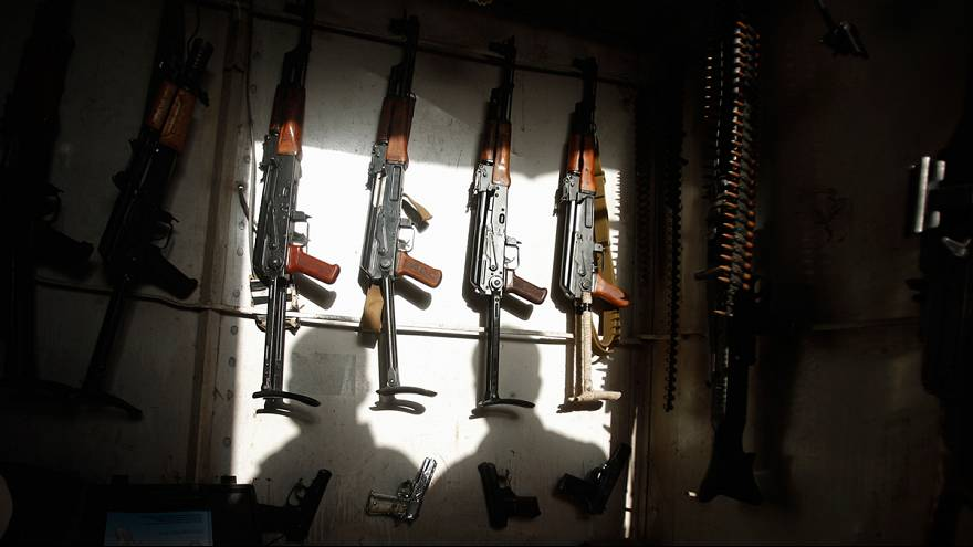 العنف في سوريا زاد اقبال الاردنيين على شراء الاسلحة وضاعف اسعارها