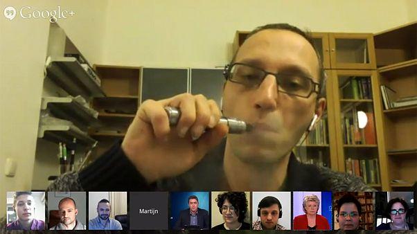 #AskReding : les utilisateurs d'e-cigarettes à l'offensive