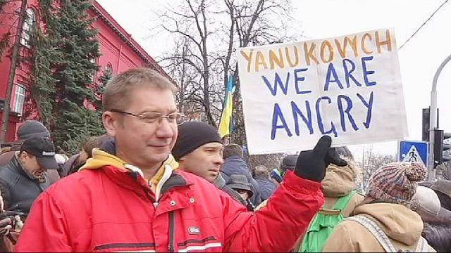 Olaj a tűzre Ukrajnában a demonstrációk szigorítása