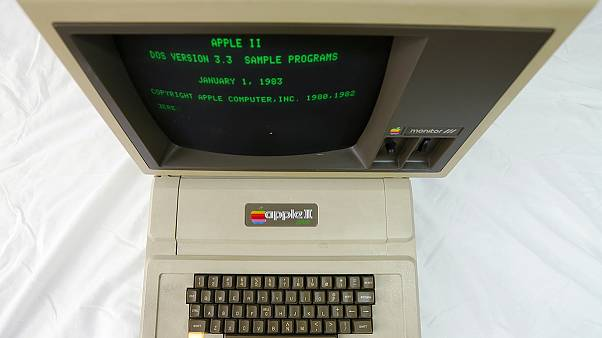 Apple Mac marks its 30th birthday