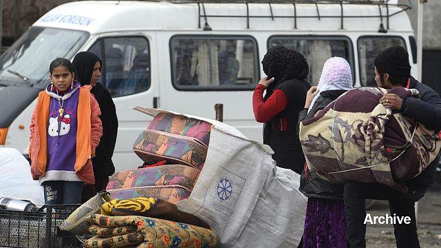 الجزائر ترحل الى المغرب من جديد سوريين فارين من النزاع