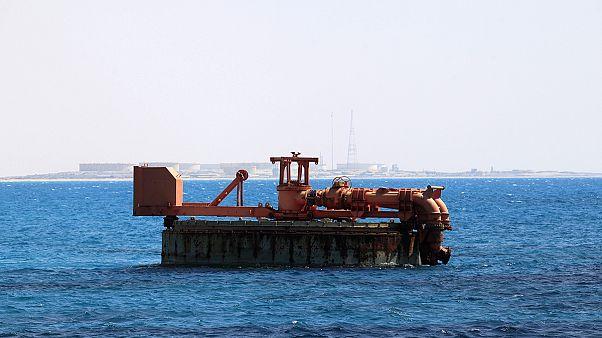 Libyan port rebels see deal possible within weeks