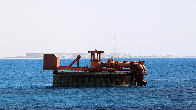 Libyan port rebels see deal possible within weeks