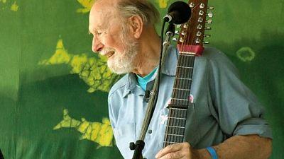 Folk music pioneer and activist Pete Seeger dies aged 94