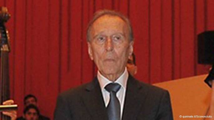 Tribute to late opera conductor Claudio Abbado in Milan