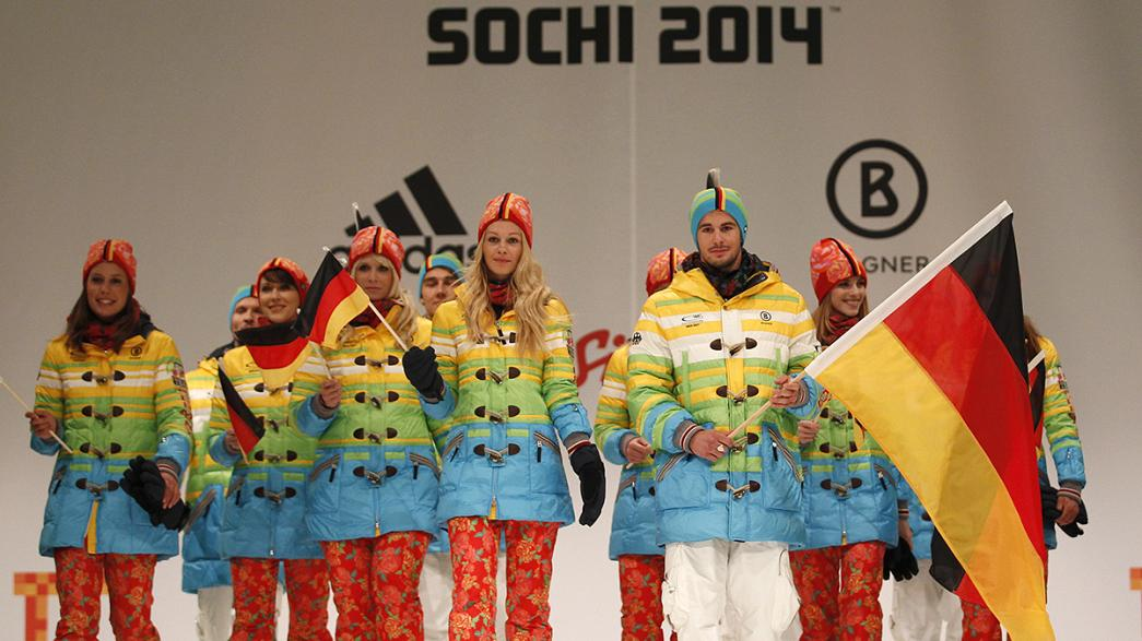 Szivárványszínű formaruhában mennek a német sportolók Szocsiba