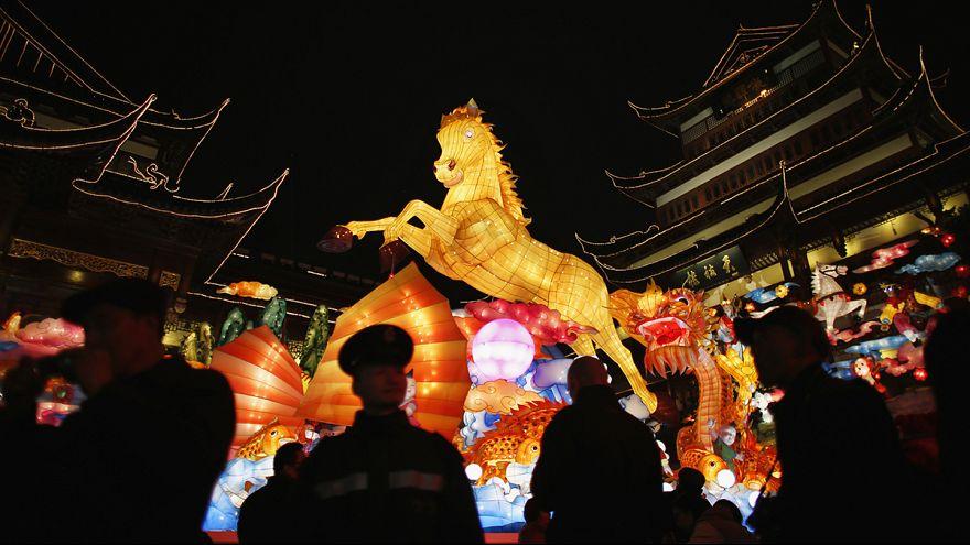 China reitet ins Jahr des Pferdes