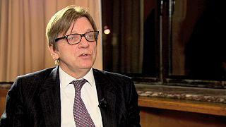 Liberal Guy Verhofstadt encarna o sonho do federalismo na UE
