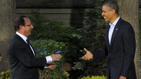 """Ολάντ και Ομπάμα χαρακτηρίζουν """"πρότυπο"""" τη σύμπραξη Γαλλίας-ΗΠΑ"""