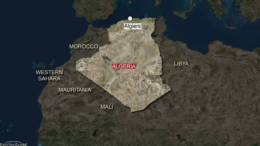 At least 103 people dead as military plane crashes in eastern Algeria