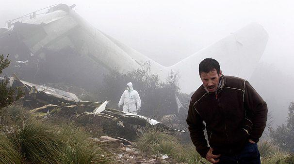 استمرار التحقيقات حول حادث سقوط الطائرة العسكرية الجزائرية