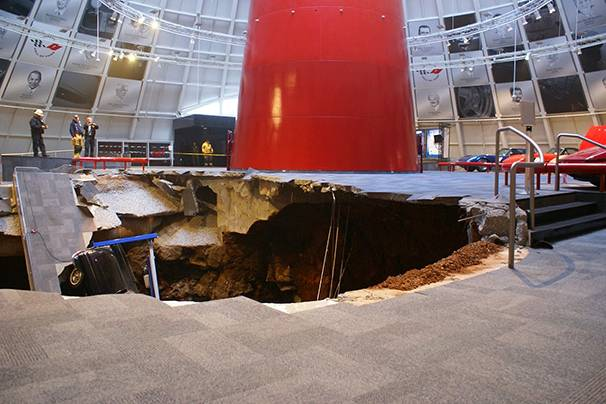 606x404 01 corvette museum kentucky sinkhole. Cars Review. Best American Auto & Cars Review
