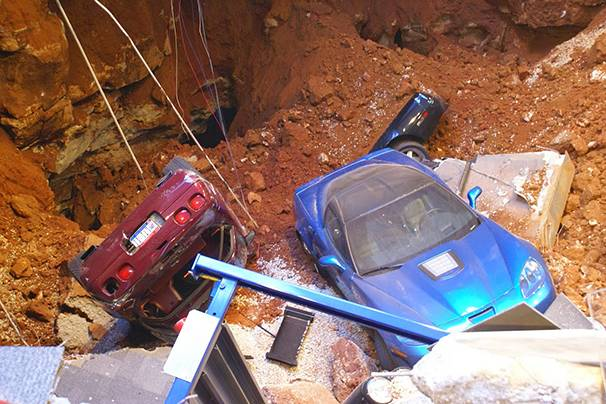 606x404 03 corvette museum kentucky sinkhole. Cars Review. Best American Auto & Cars Review