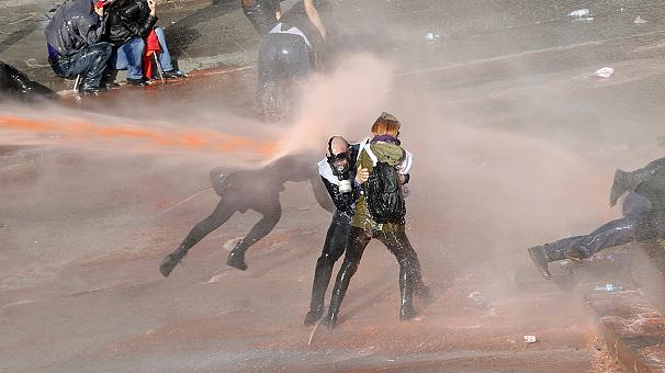 Turkish police break up anti-AKP demonstration in Ankara with water canons, tear gas