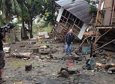 Philippines survivre apr s les typhons euronews for Survitrer une fenetre