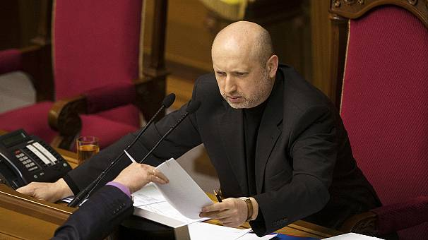 Politicians assemble to discuss fate of Ukraine