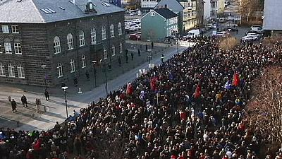 Tempers flare in Iceland over withdrawn EU membership bid