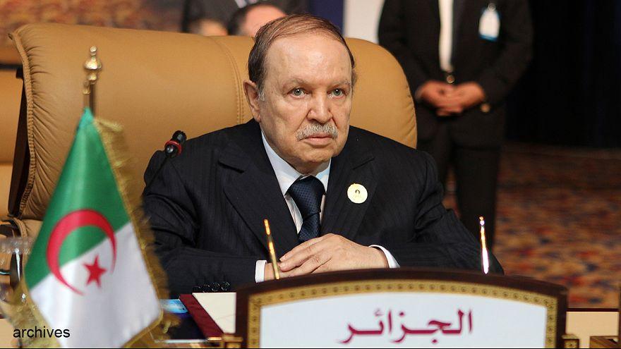 Bouteflika candidat à un 4ème mandat, l'Algérie divisée