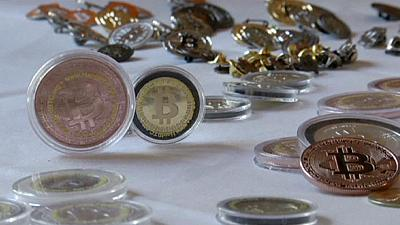 'Show me the money' plead bitcoin holders as trader Mt. Gox goes dark