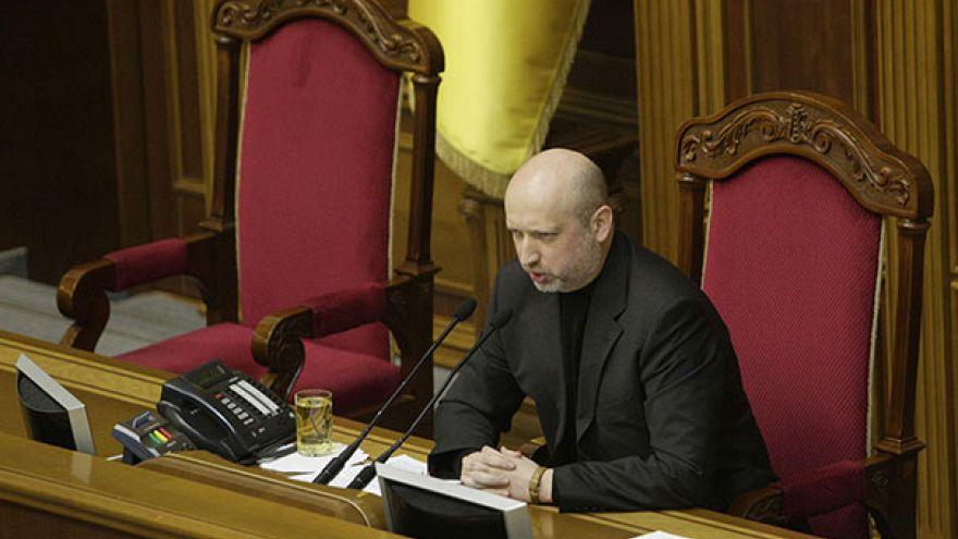 Arseny Yatseniuk appointed Ukraine's new prime minister amid crisis over 'missing' €27bn