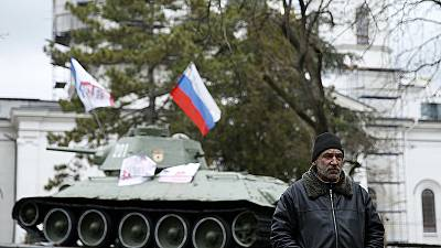 """Ukraine as it happened: Yanukovych """"tricked by EU"""", Moscow denies intervention"""