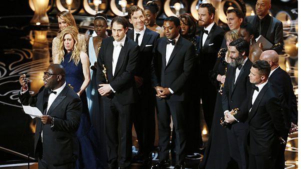 "Les Oscars sacrent ""12 Years a Slave"", ""Gravity"", Blanchett et McConaughey"