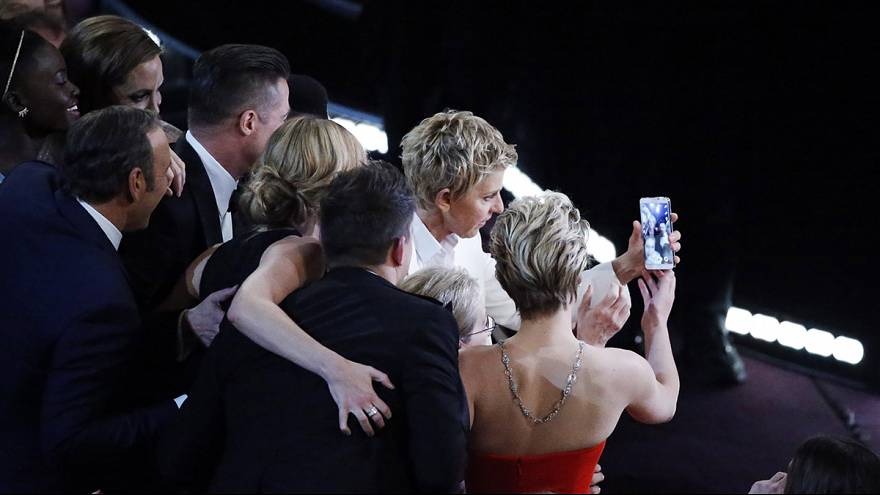 Ellen DeGeneres' star-studded Oscars selfie becomes most retweeted picture ever