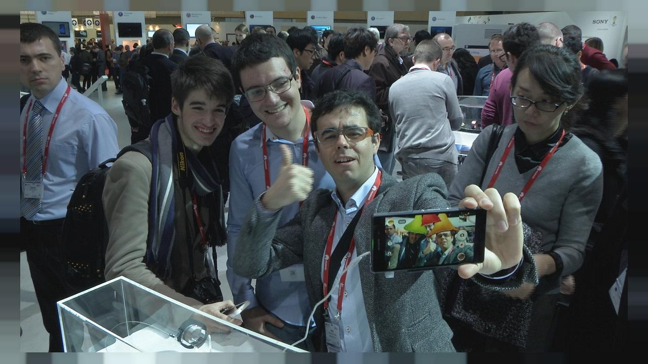 Technology enthusiasts flock to mobile phone congress in Spain