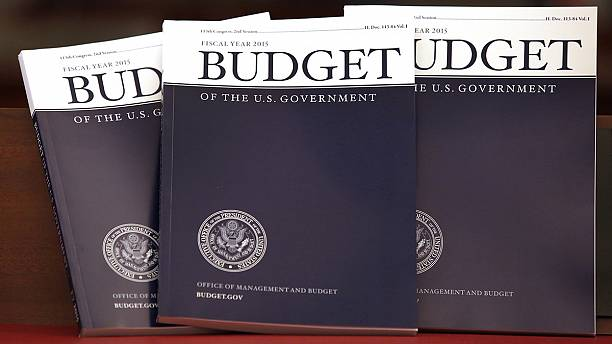 Obama's budget proposal sets stage for tough election campaign