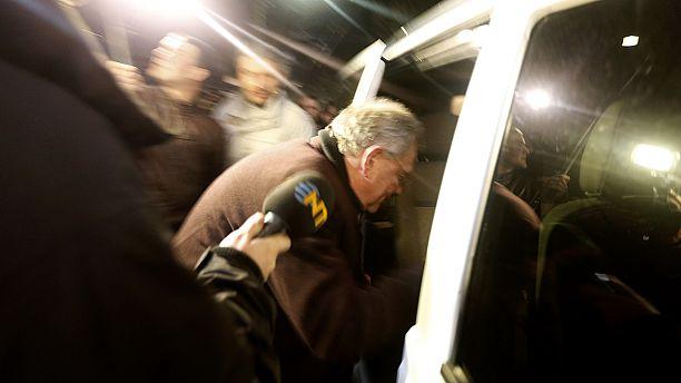 Ukraine as it happened: UN envoy chased in Crimea, Russia-US talks in Paris