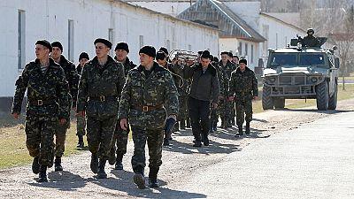 Les forces ukrainiennes sommées de quitter la Crimée