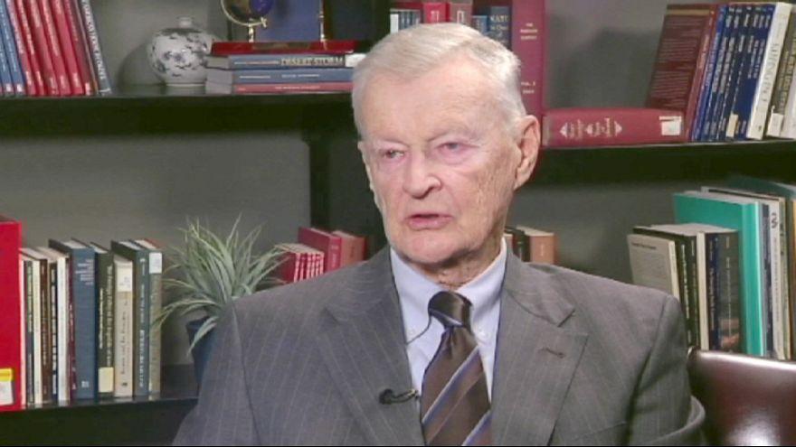 Putin 'wants to rebuild USSR with Ukraine' - Brzezinski
