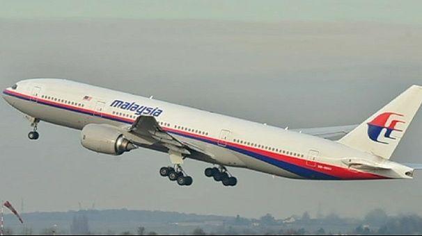 Malásia: À espera de notícias sobre o avião desaparecido