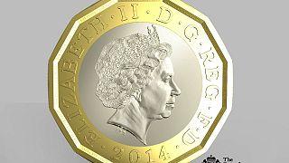 Великобритания выпустит новую однофутовую монету
