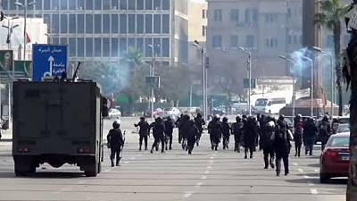 Protesters clash with police in Egypt – nocomment