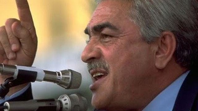 """الرئيس الجزائري السابق اليمين زروال يدعو الى """"التداول على السلطة"""""""