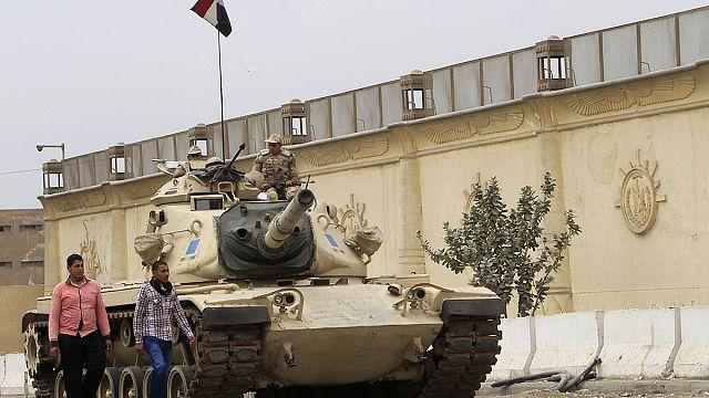 """Суд Египта приговорил к смертной казни 529 """"Братьев-мусульман"""""""