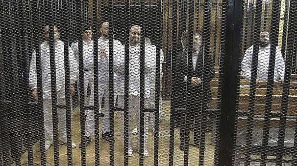 Mısır'da 529 Müslüman Kardeşler üyesine idam cezası