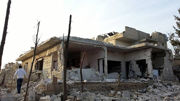 Συρία: Συνεχίζονται οι αεροπορικές επιθέσεις σε κατοικημένες περιοχές