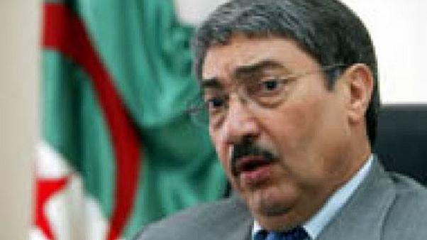 بن فليس يعرض حصيلة سلبية لسنوات حكم الرئيس الجزائري عبد العزيز بوتفليقة
