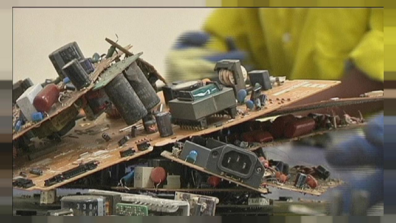 Kenya : vivre sur les déchets électroniques