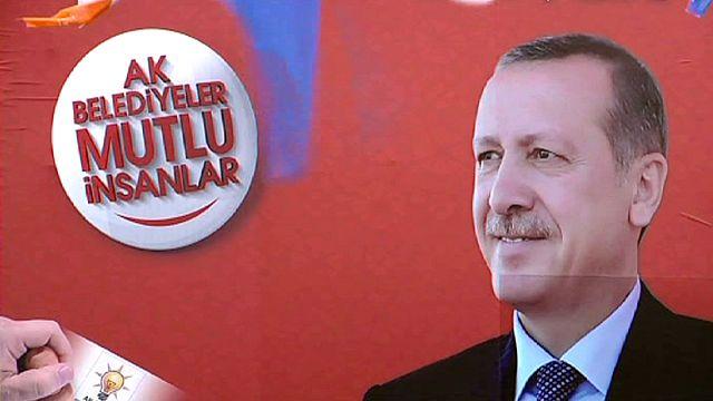 """""""Türk demokrasisi önemli bir dönüm noktasında"""""""